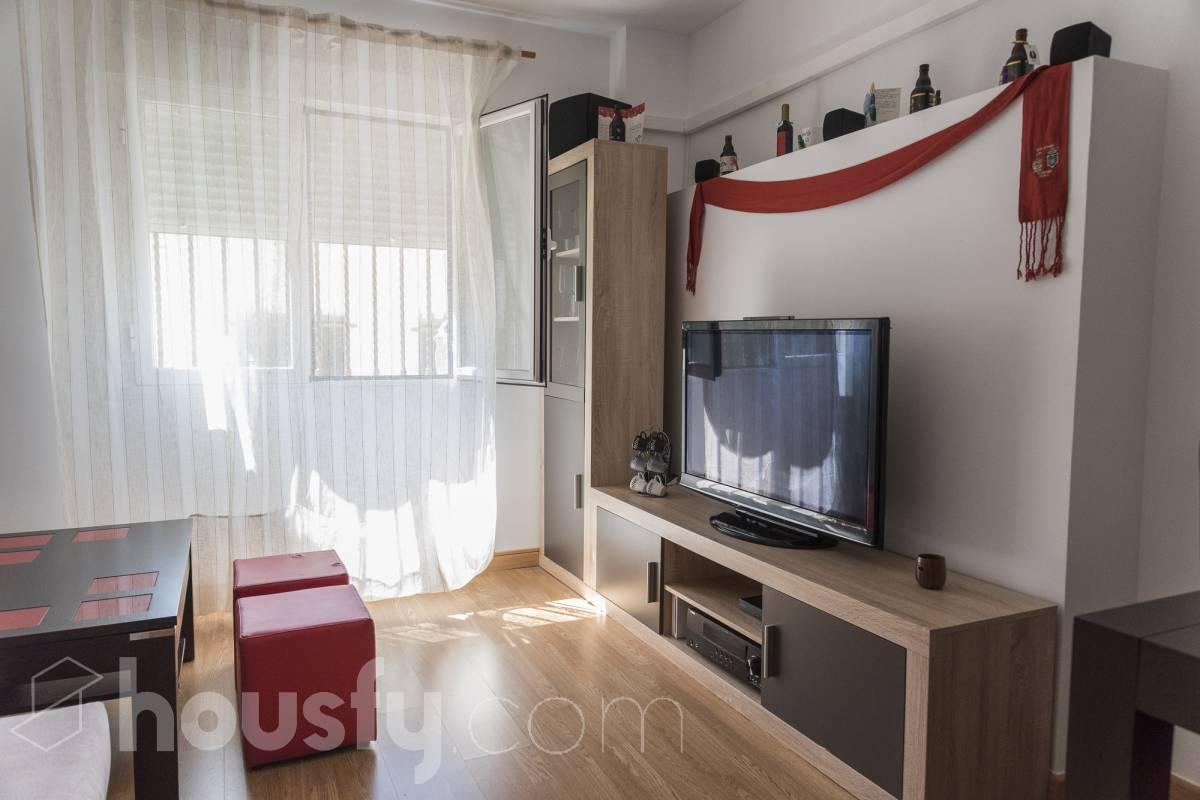inmobiliaria housfy vende piso en Calle Nueva