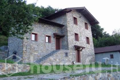 Casa in vendita a Località Laccio