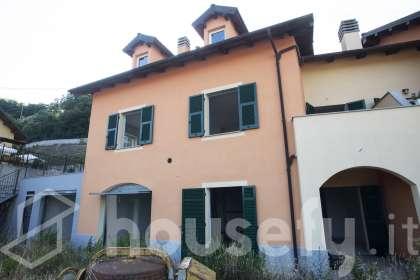 Casa in vendita a Via Sareto