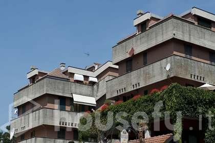 Appartamento in vendita a Via Papa Giovanni XXIII