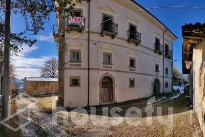 Casa in vendita a Via San Cipriano