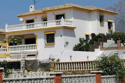 Compra Y Venta De Casa Chalet O Vivienda En Marbella Malaga De