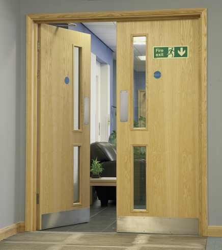 Ash Veneer 16gd Glazed Door Howdens Joinery