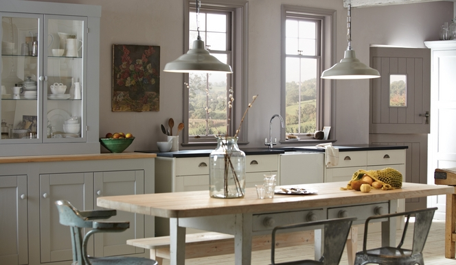 Traditional kitchen design guide howdens joinery for Kitchen design guide