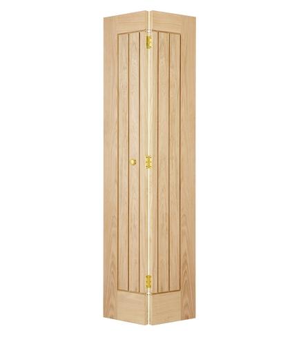 Dordogne Oak bi-fold door