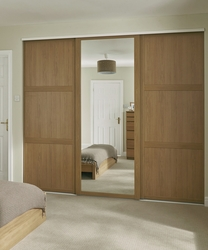 Oak Shaker panel & mirror door