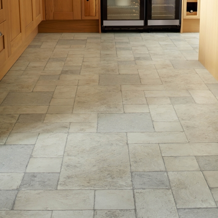 Howdens Professional Continuous Tiles | Howdens Joinery