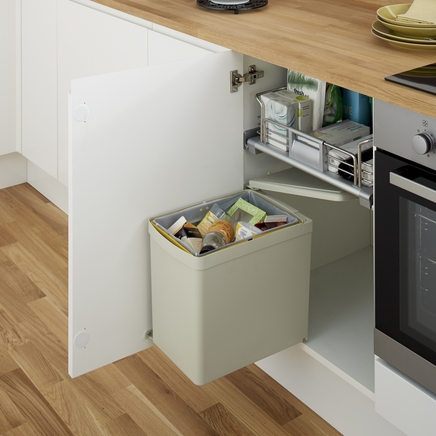 Single compartment bin