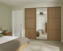 Shaker panel and mirror door Oak