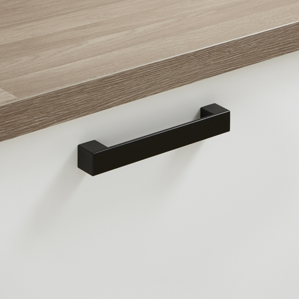 Black square d handle kitchen handles howdens joinery for 110mm kitchen door handles