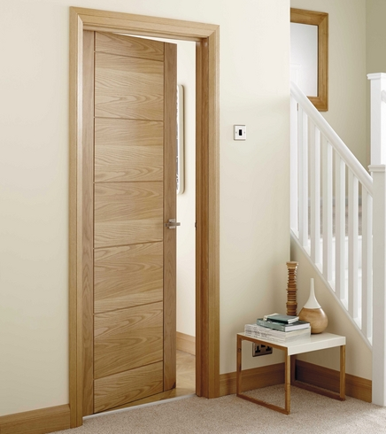 Merveilleux Linear Oak Door