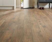 Professional V Groove Rustic Chestnut Oak laminate flooring