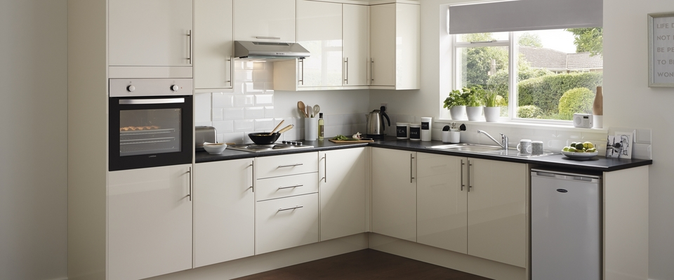 Contract Kitchen Range Kitchen Families Howdens Joinery