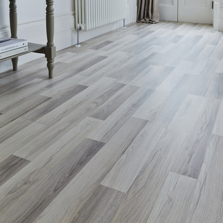 Professional Light Grey Oak Laminate Flooring Howdens