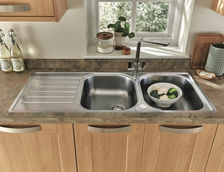 Lamona Hayeswater double bowl sink