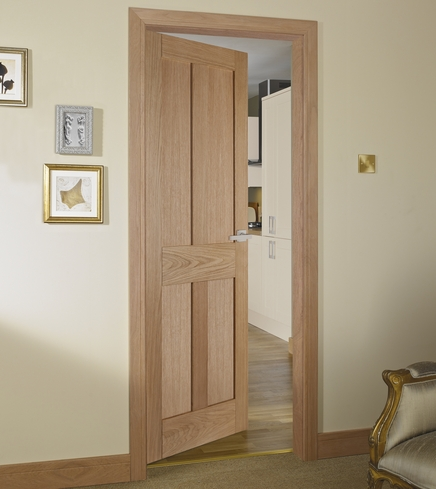 Burford 4 Panel Oak door & Burford 4 Panel Oak Door | Howdens Joinery