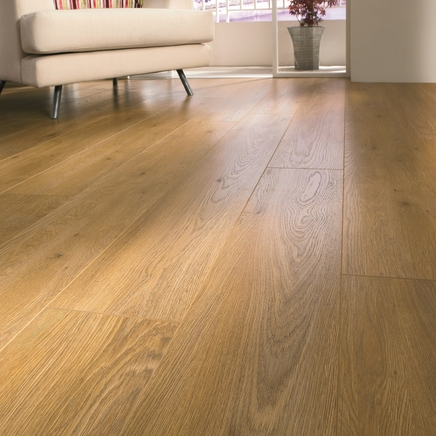 Professional V Groove Oak Laminate Flooring Howdens Joinery
