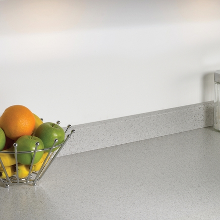 Quartzstone White upstand