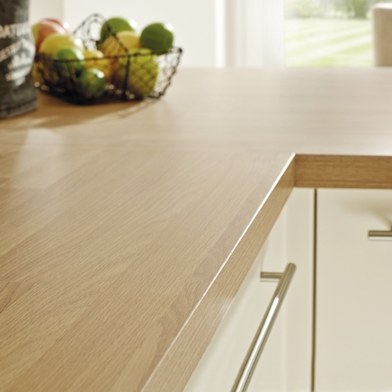 Square Edged Laminate Oak Block Effect Worktop Howdens