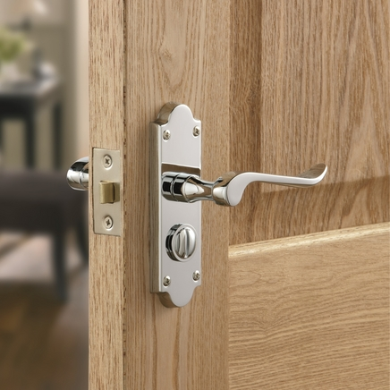 Chrissi Chrome privacy door handle