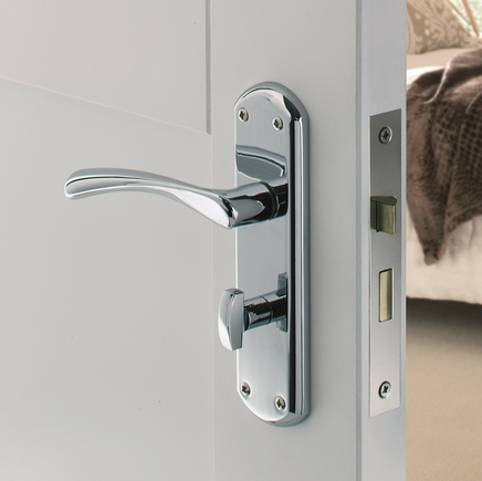 garda chrome bathroom door handle also door handle howdens. Black Bedroom Furniture Sets. Home Design Ideas