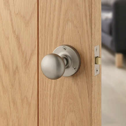 Satin Nickel mortice knob door handle & Satin Nickel Mortice Knob | Howdens Joinery