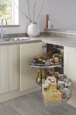 Burford Ivory Kitchen Shaker Kitchens Howdens Joinery