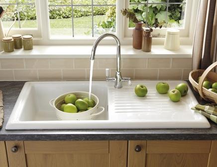 Lamona ceramic single bowl sink