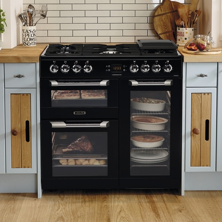 Range Style Cookers >> Range Cooker By Leisure | Howdens Joinery