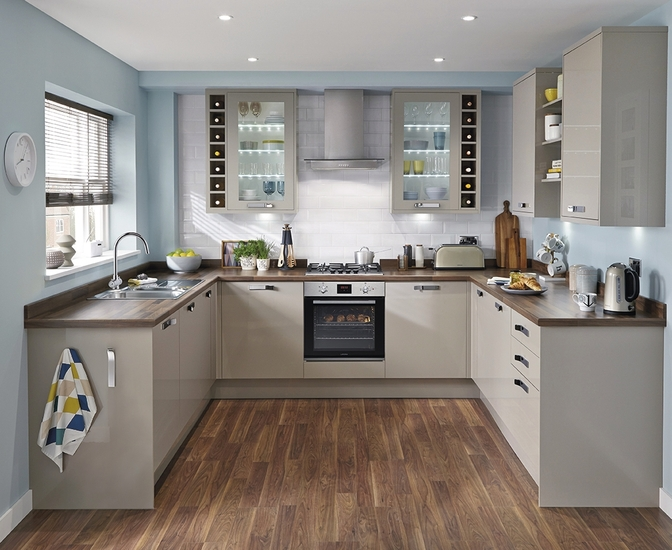 Greenwich gloss stone kitchen universal kitchens howdens joinery Howdens kitchen design reviews