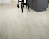3 Strip White Washed Oak laminate flooring