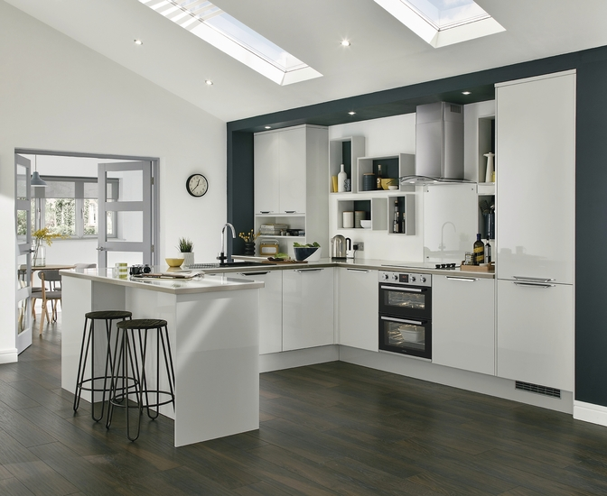 Greenwich Gloss Dove Grey Kitchen Universal Kitchens Howdens Joinery - Dove grey kitchen cabinets