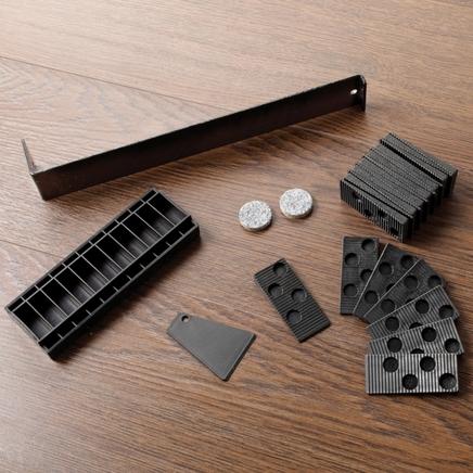 Laminate flooring fitting kit