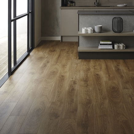 Quickstep livyn classic oak natural vinyl flooring for Quickstep kitchen flooring