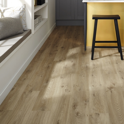 Quickstep livyn canyon oak beige vinyl flooring for Quickstep kitchen flooring