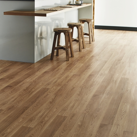 Professional Oak laminate flooring