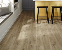 Quickstep Livyn Canyon Oak Beige vinyl flooring