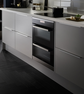 Greenwich Dove Grey Kitchen Universal Kitchens Howdens