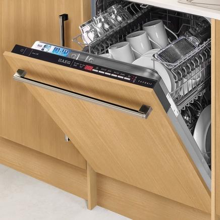 AEG slimline fully integrated 45cm dishwasher