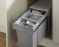 30L Pull-out recycling bin with 3 compartments