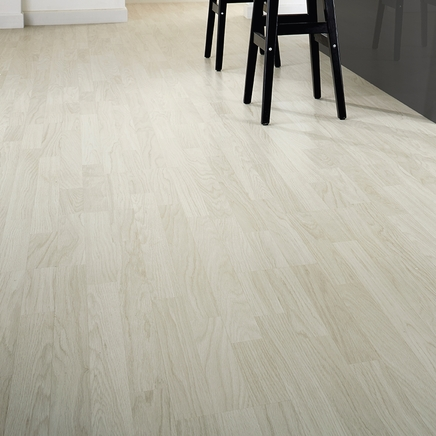 White Washed Oak Laminate Flooring Howdens Joinery