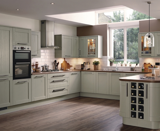 Kitchen ideas howdens kitchens greenwich shaker in design for Kitchen joinery ideas