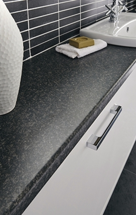 Jet worktop and Chrome Effect Square bar handle