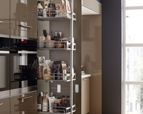 Standard full-height pull-out larder
