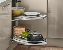 Full extension corner storage accessory