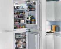 Tower fridge freezers