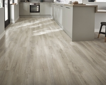Professional V Groove White Washed Oak laminate flooring