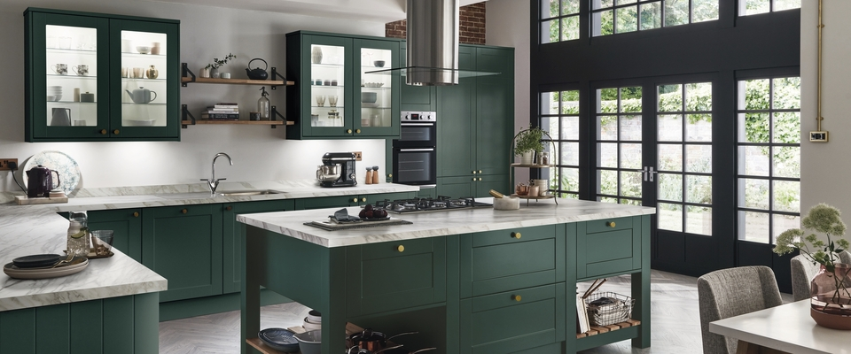 Merveilleux Painted Kitchens: Ideas And Inspiration. Lush Green And Luxurious Accents