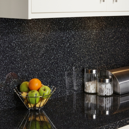 Black mirror chip backboard kitchen worktop backboards howdens joinery - Kitchen backboards ...