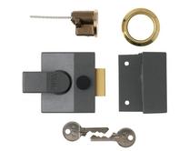 Yale Grey case/Brass cylinder